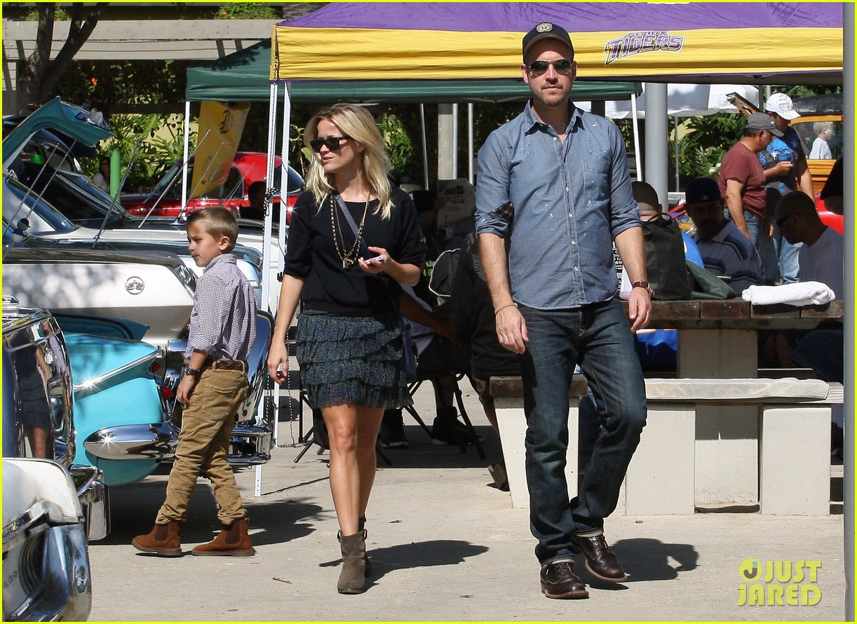 reese witherspoon jim deacon church 102586205