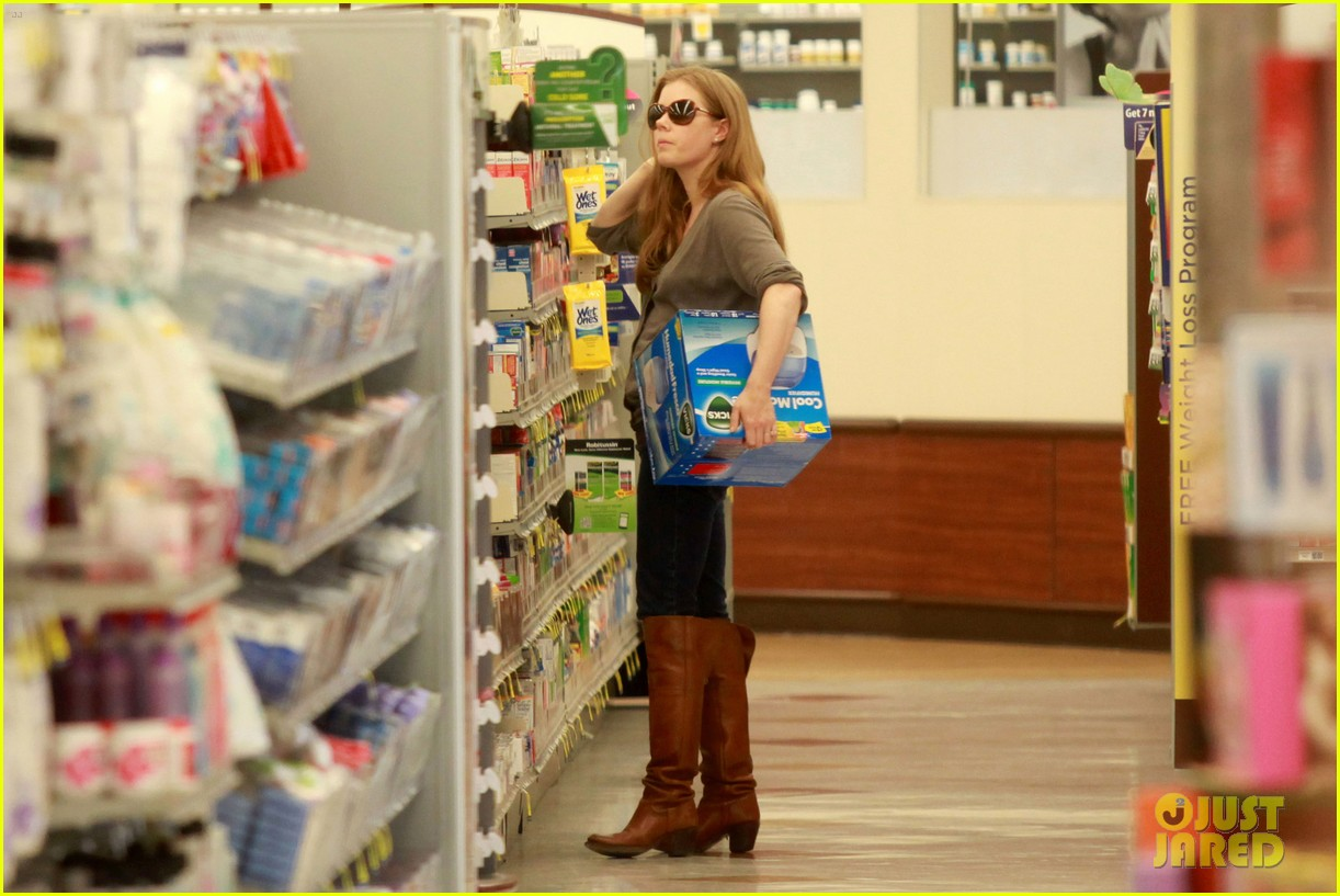 amy adams lunch errands with family 122604480