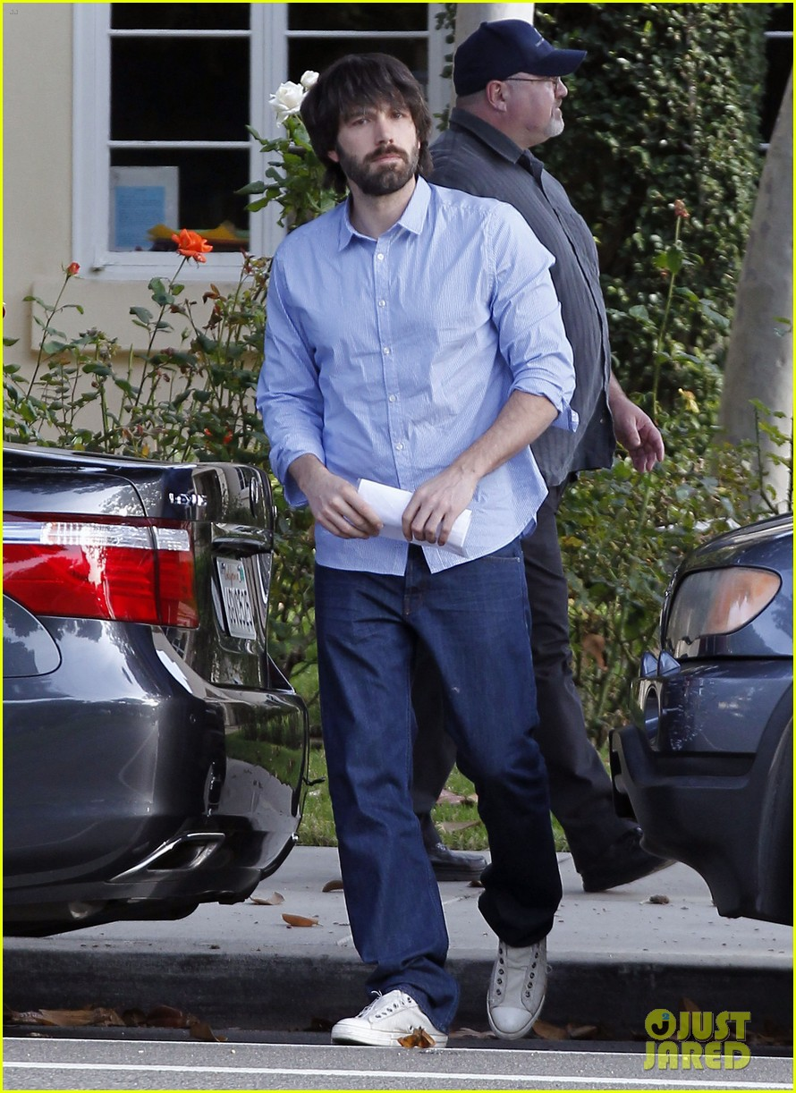 ben affleck violet hug after school 11