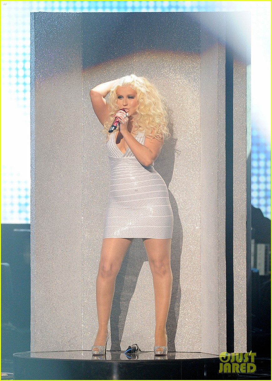 christina aguilera amas 2011 03