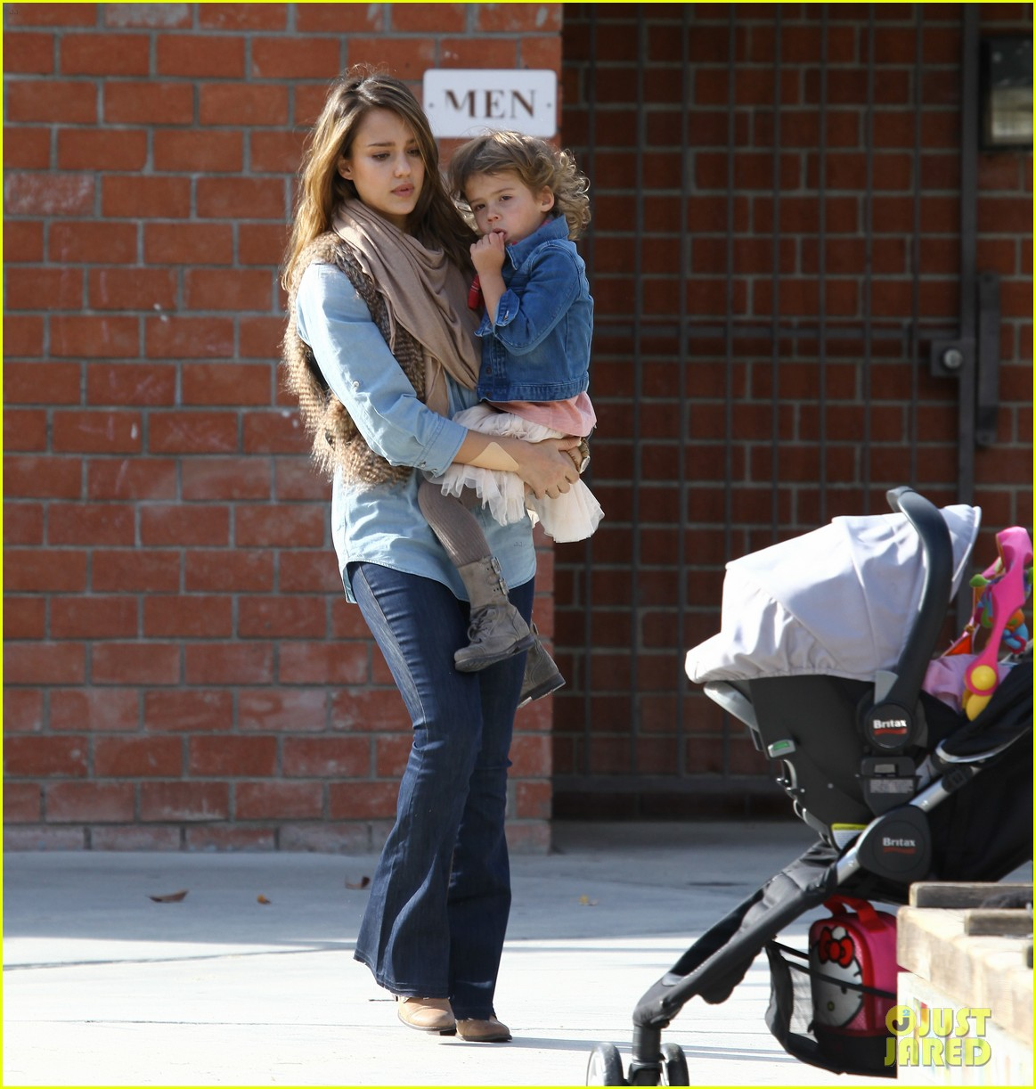 jessica alba park day family 05