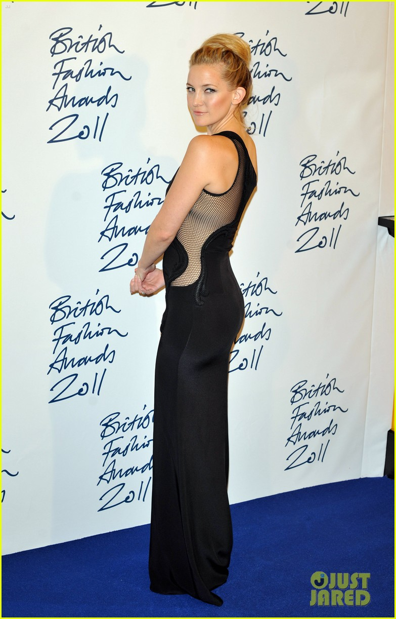 victoria beckham british fashion awards 02