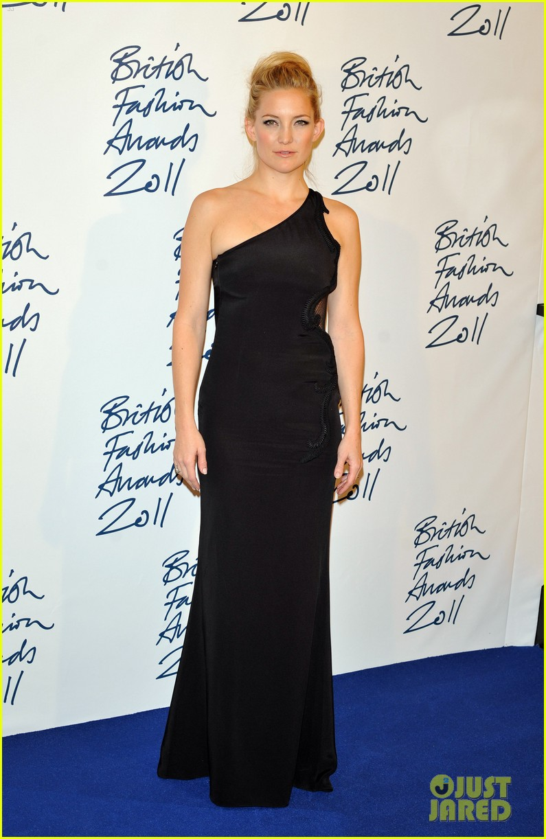 victoria beckham british fashion awards 072604625