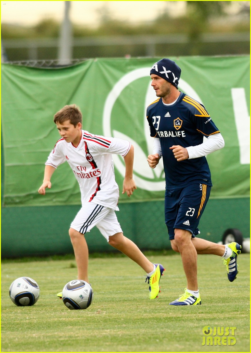 david beckham brooklyn play soccer 022599492