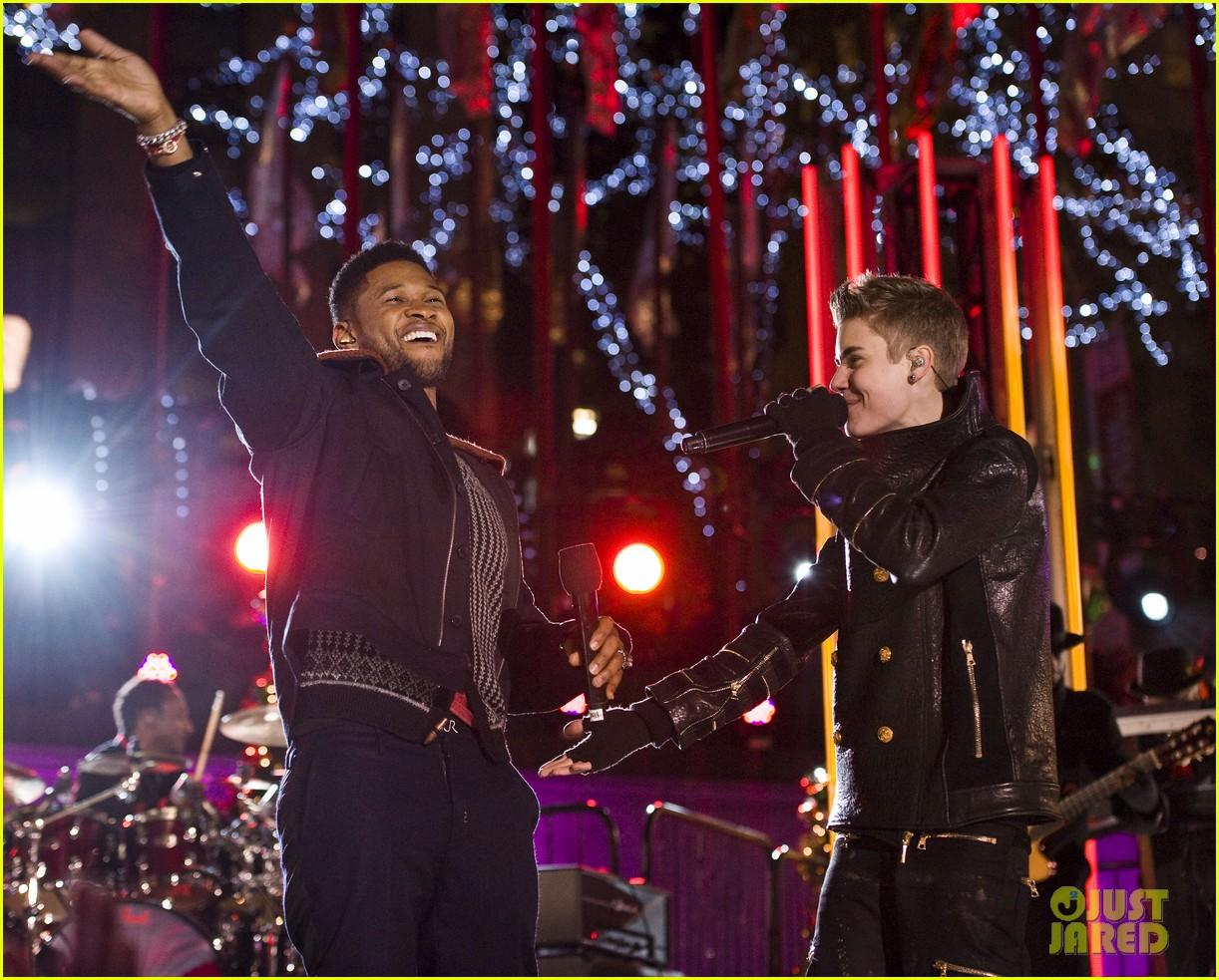 Justin Bieber: Christmas Concert Pics!: Photo 2603627 | Justin ...