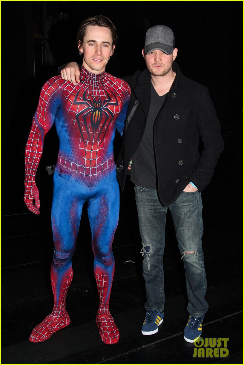 michael buble visits spiderman broadway 012604501