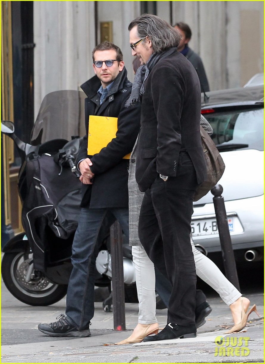 bradley cooper out and about in paris 212604833