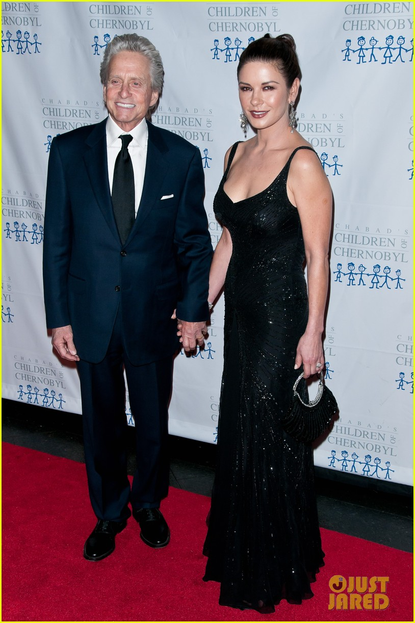 catherine zeta jones michael douglas children at heart gala 122602974