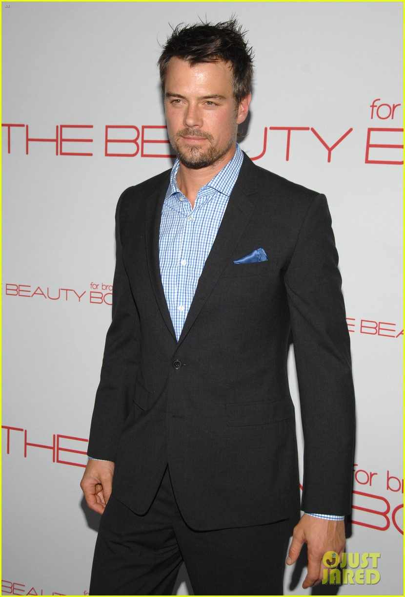 hilary duff the beauty book launch party with mike comrie 052600549