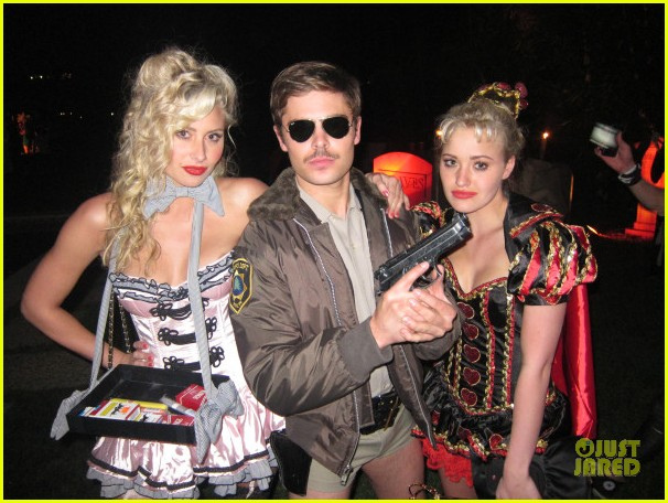zac efron halloween costume 012595697