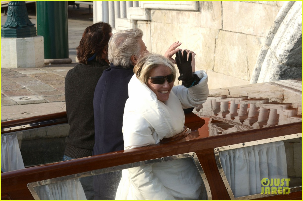 dakota fanning effie venice emma thompson 08