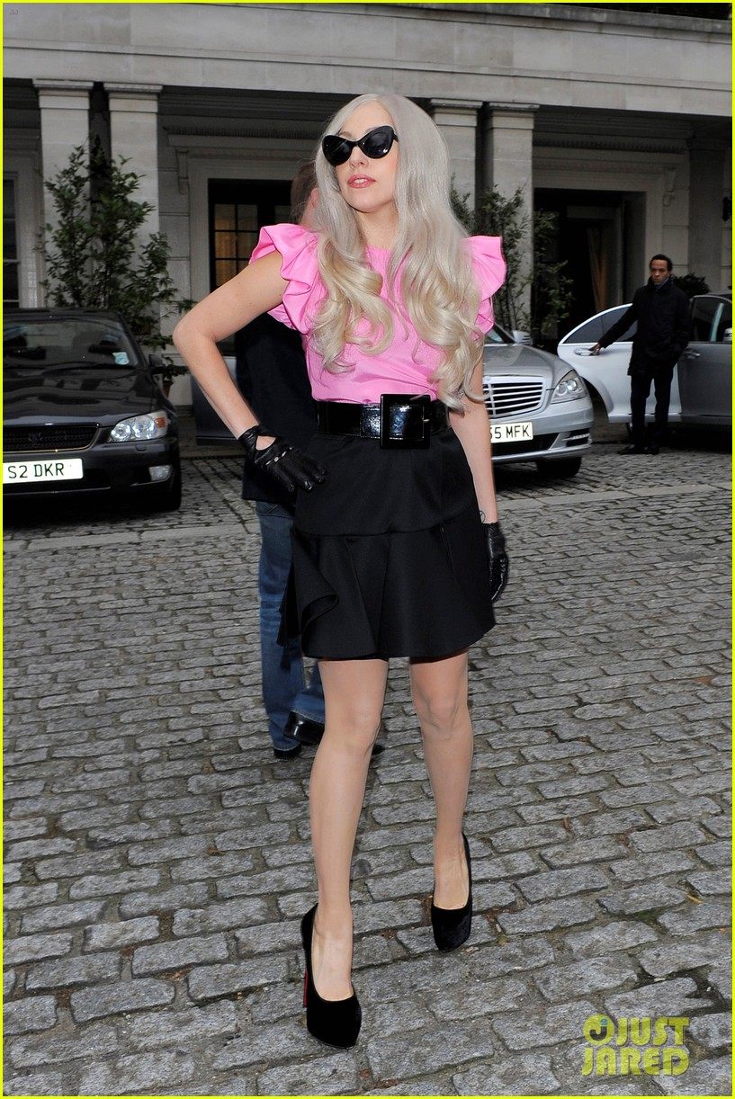 lady gaga london hotel studios 122599602