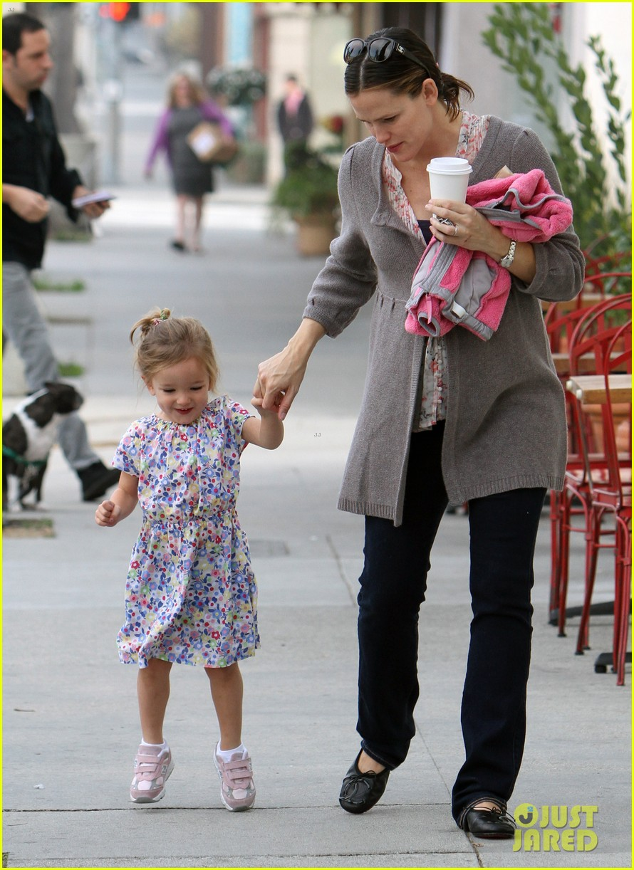 jennifer garner seraphina huckleberry duo 052601292