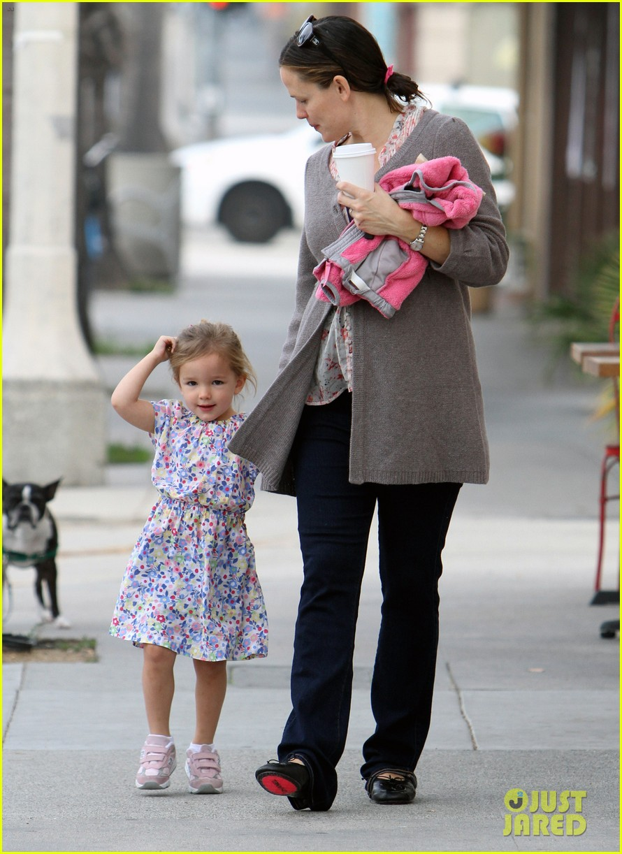 jennifer garner seraphina huckleberry duo 09