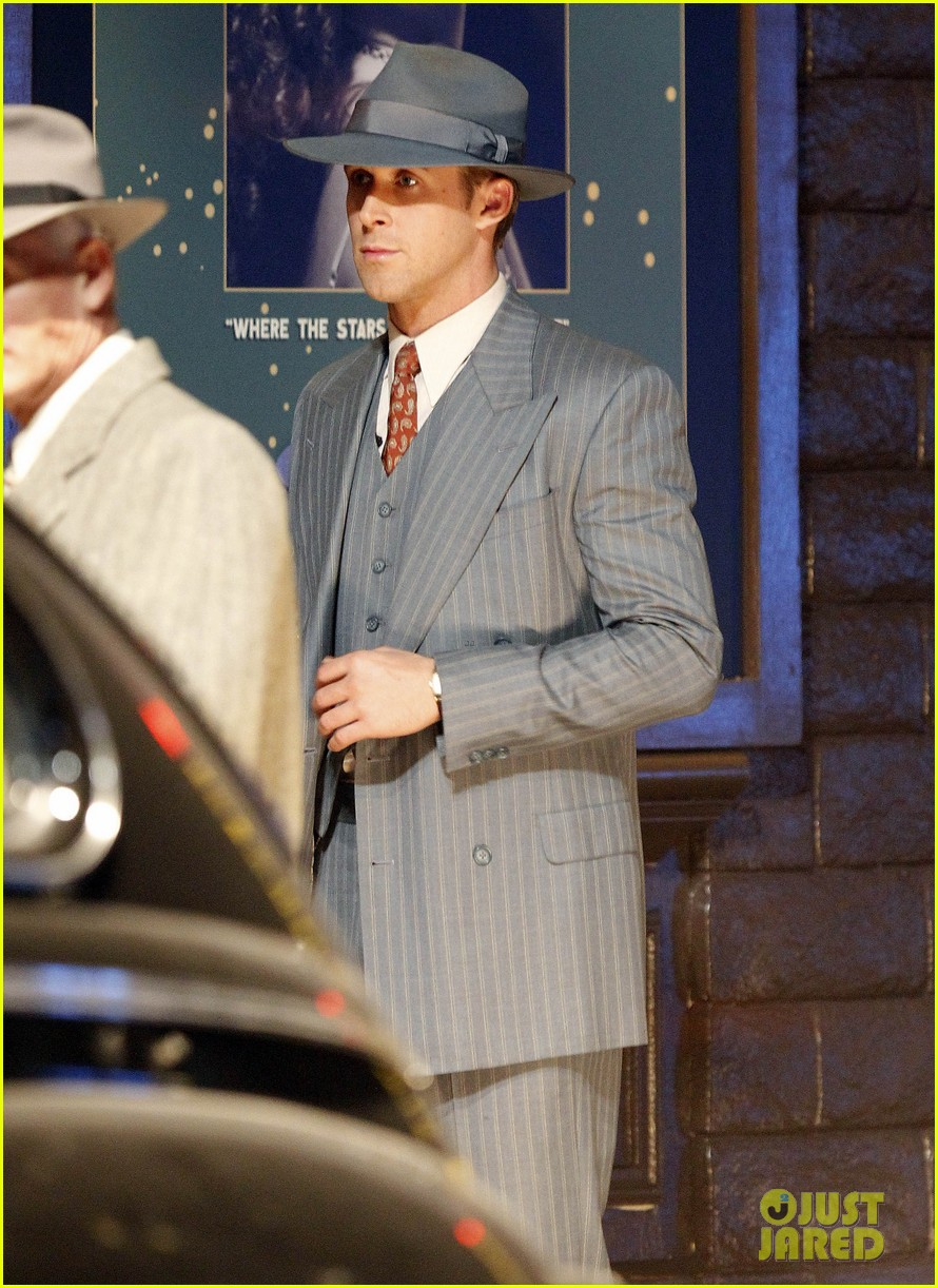 ryan gosling late night on gangster squad set 052605129