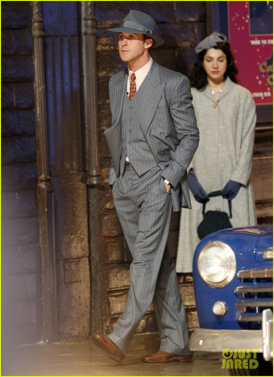 ryan gosling late night on gangster squad set 10