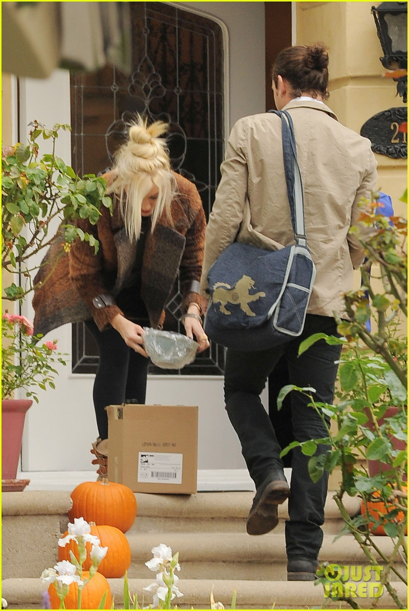 gwen stefani thanksgiving dinner 052603770