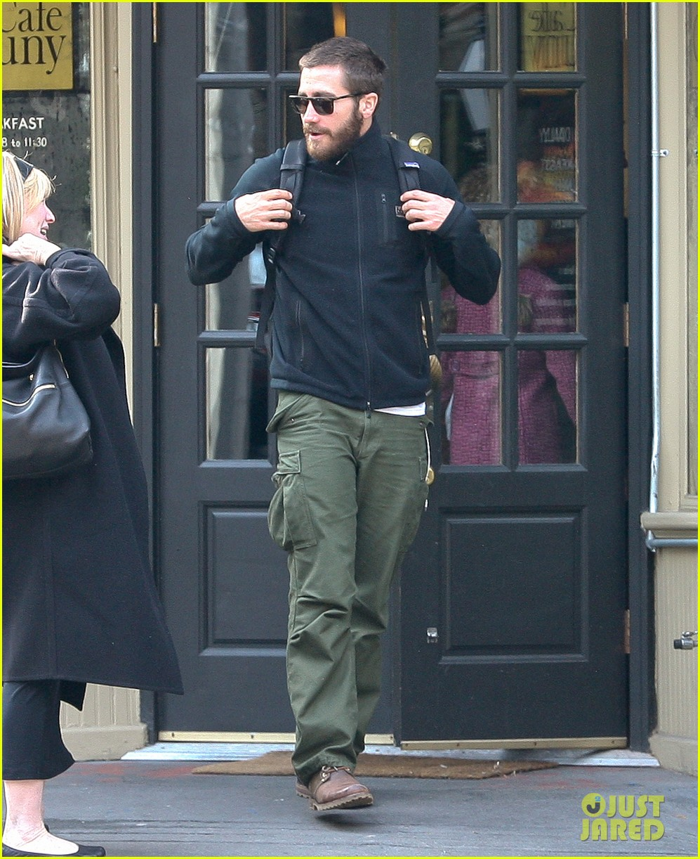 jake gyllenhaal west village 04