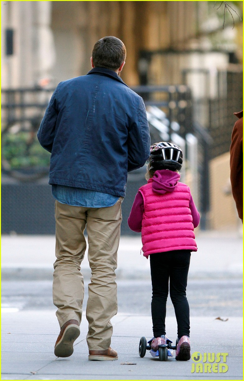 Jake gyllenhaal spends the day with niece ramona 01