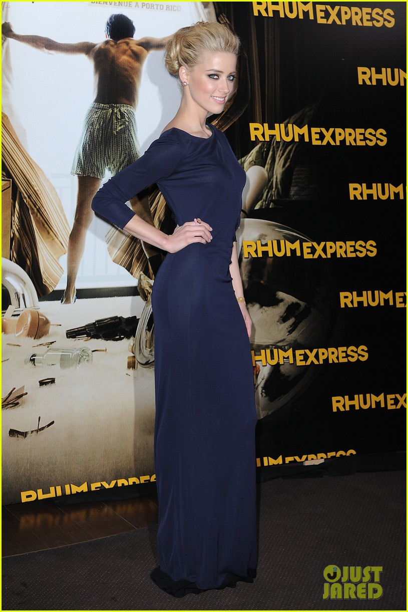Johnny Depp Amber Heard Premiere Rum Diary In Paris Photo Ambers Dress Navy