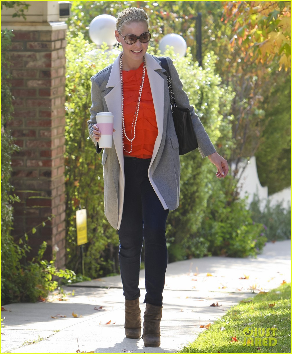 katherine heigl naleigh is a total girly girl 06