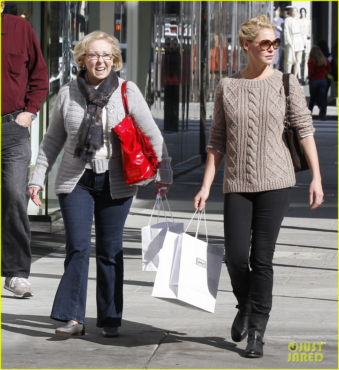 katherine heigl shopping mom dad 11