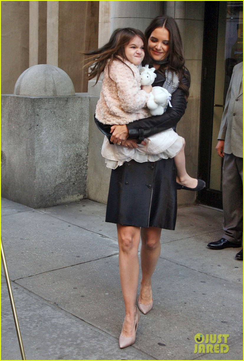 katie holmes late show with letterman visit 012598972