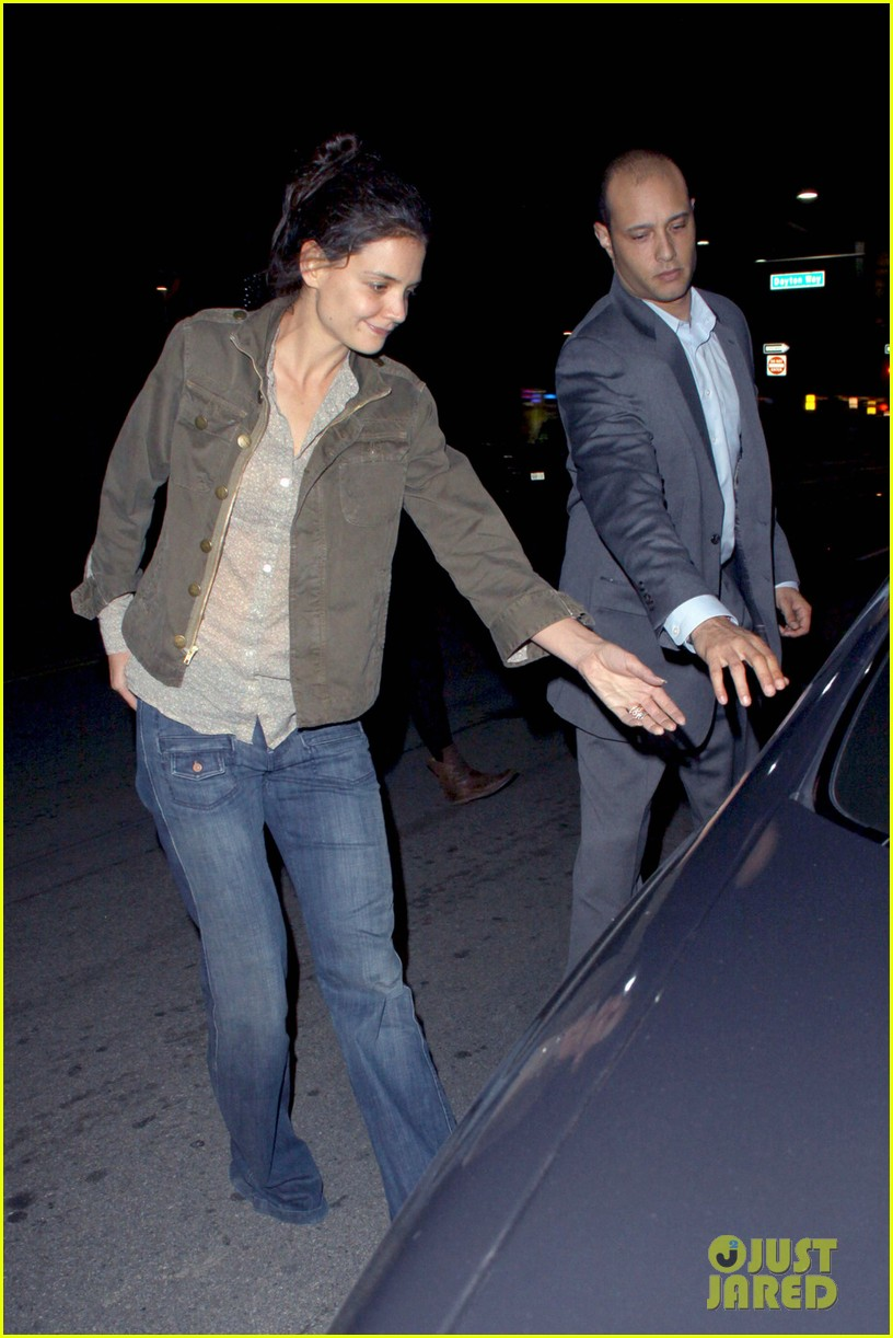 katie holmes night out friend west hollywood 052605181