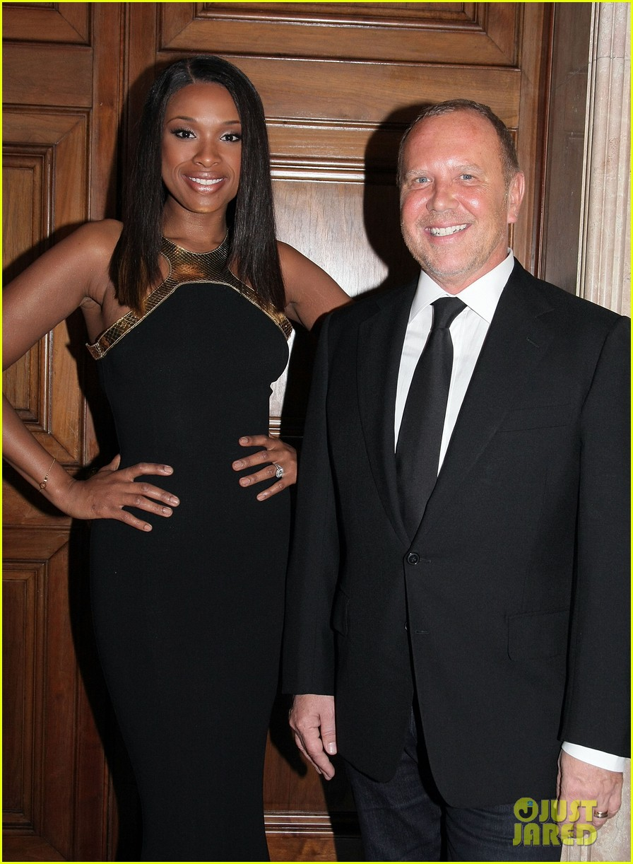 jennifer hudson fashions night out performance tokyo 062597391