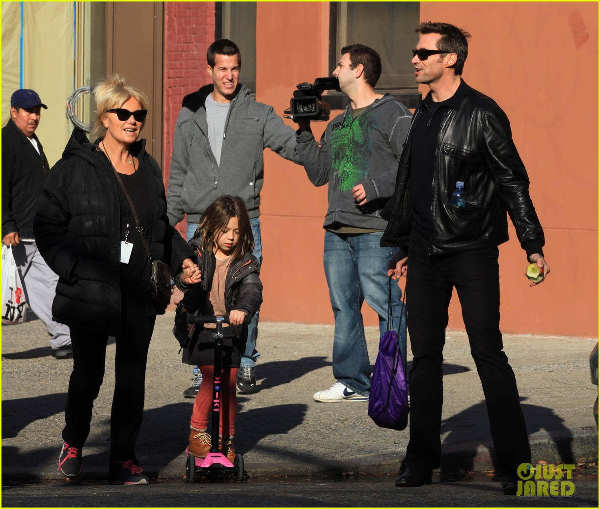 hugh jackman deborra lee furness day out with ava 11