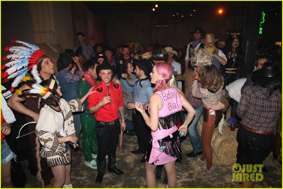 katy perry wild west ho down throwndown 162600877