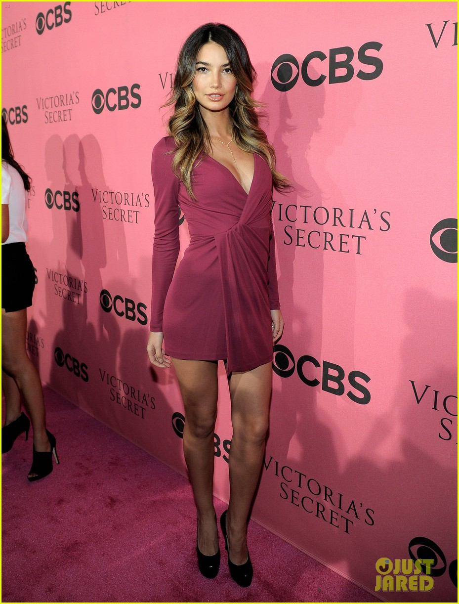 miranda kerr alessandra ambrosio vs viewing party 19