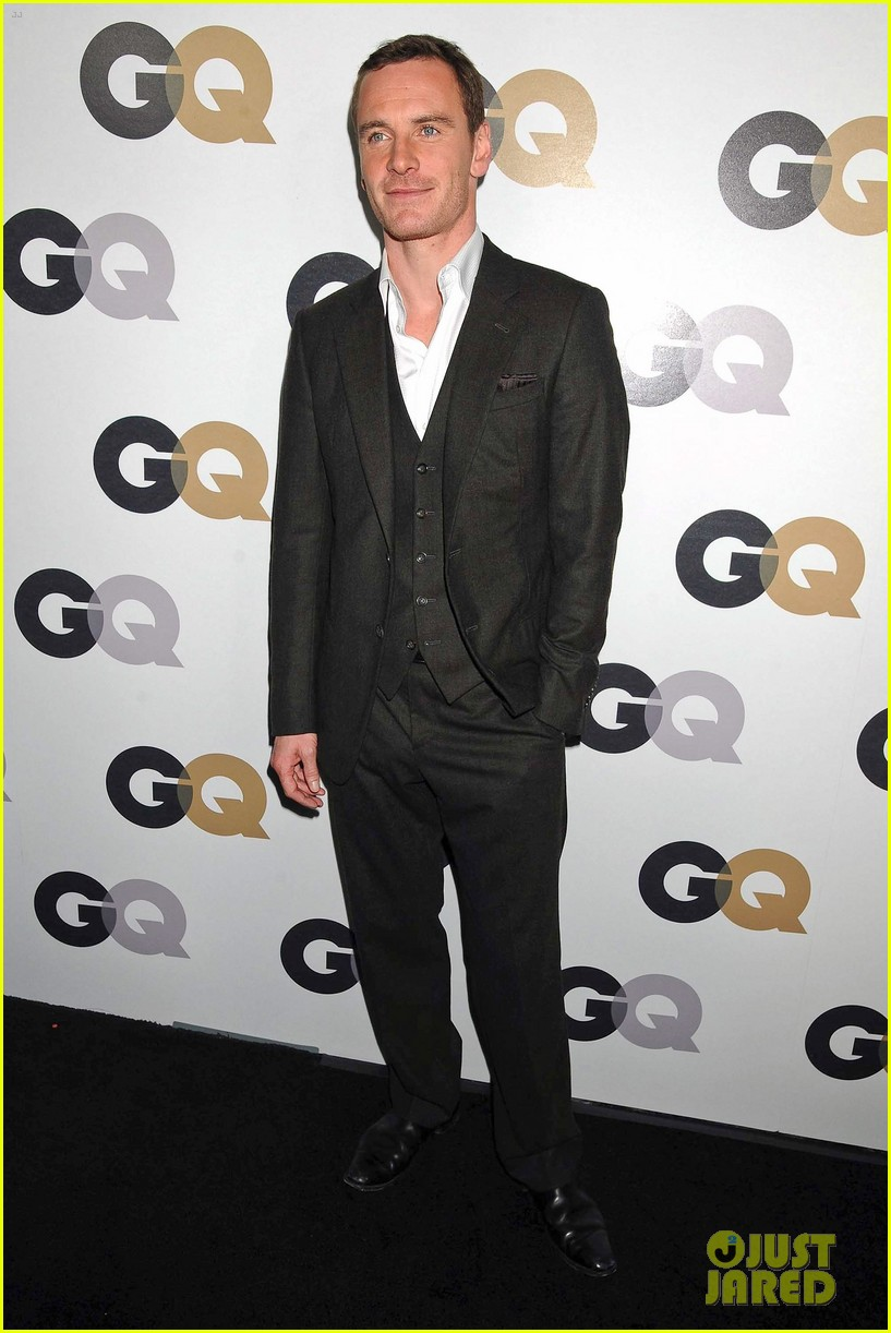 jaime king rose mcgowan gq party 012601805