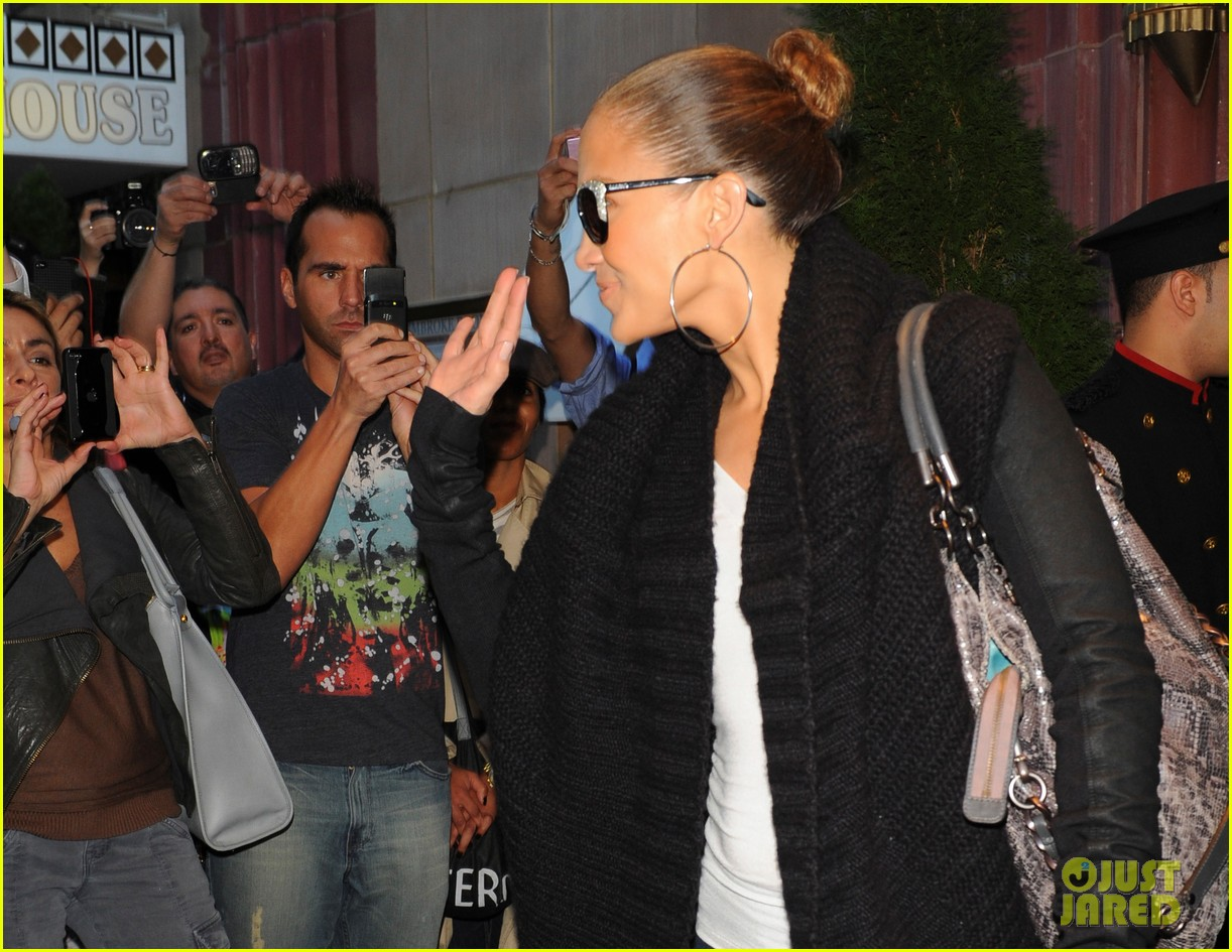 jennifer lopez hotel emme 13
