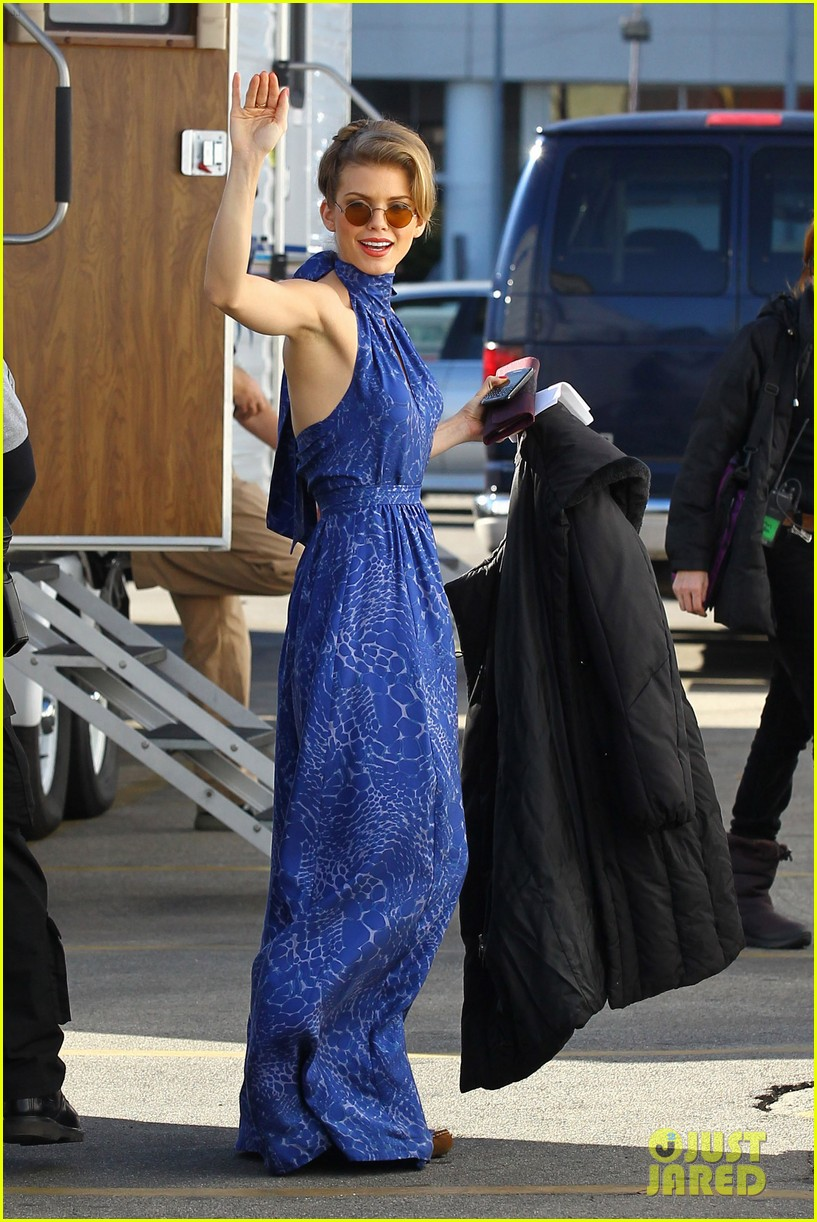 annalynne mccord waves on set 06