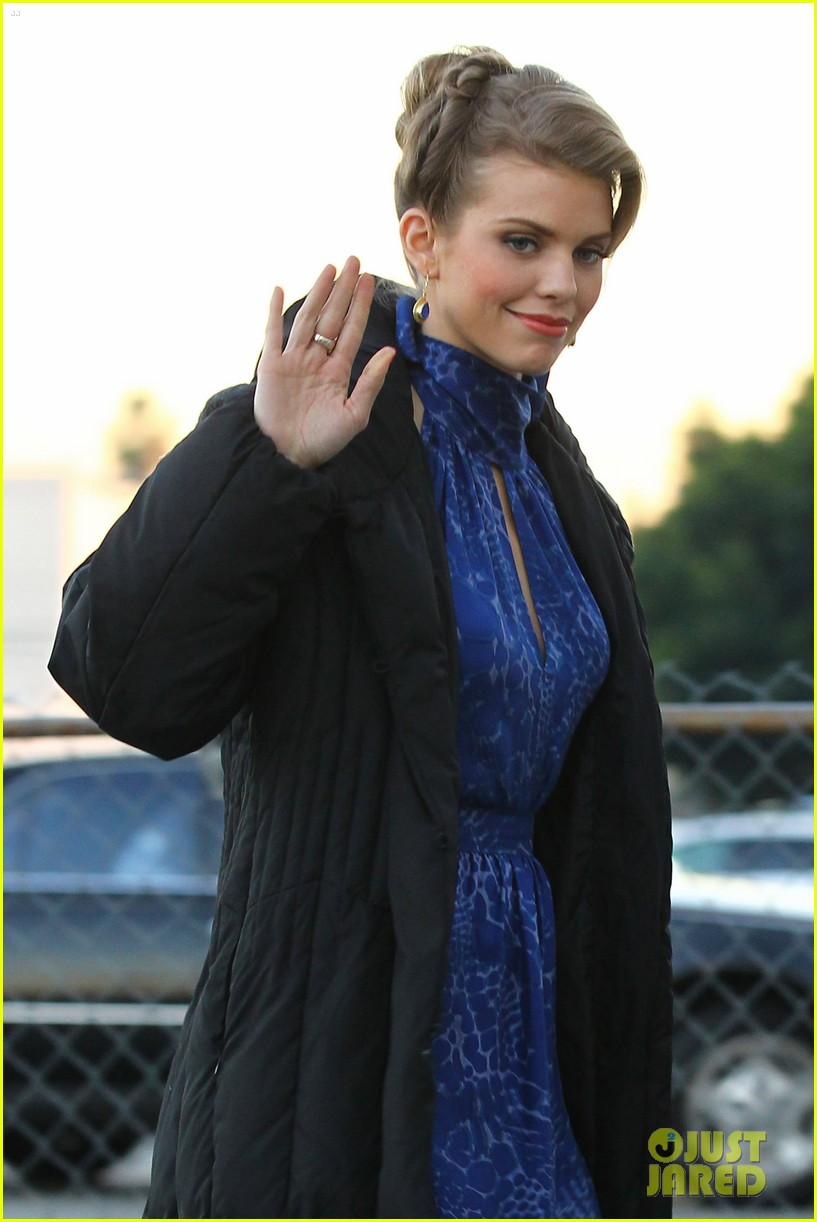 annalynne mccord waves on set 252603992