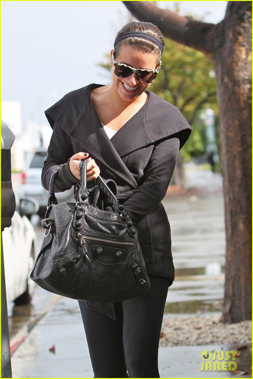 lea michele flashes smile 06