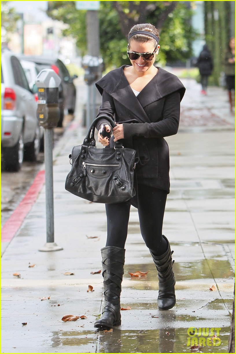 lea michele flashes smile 11