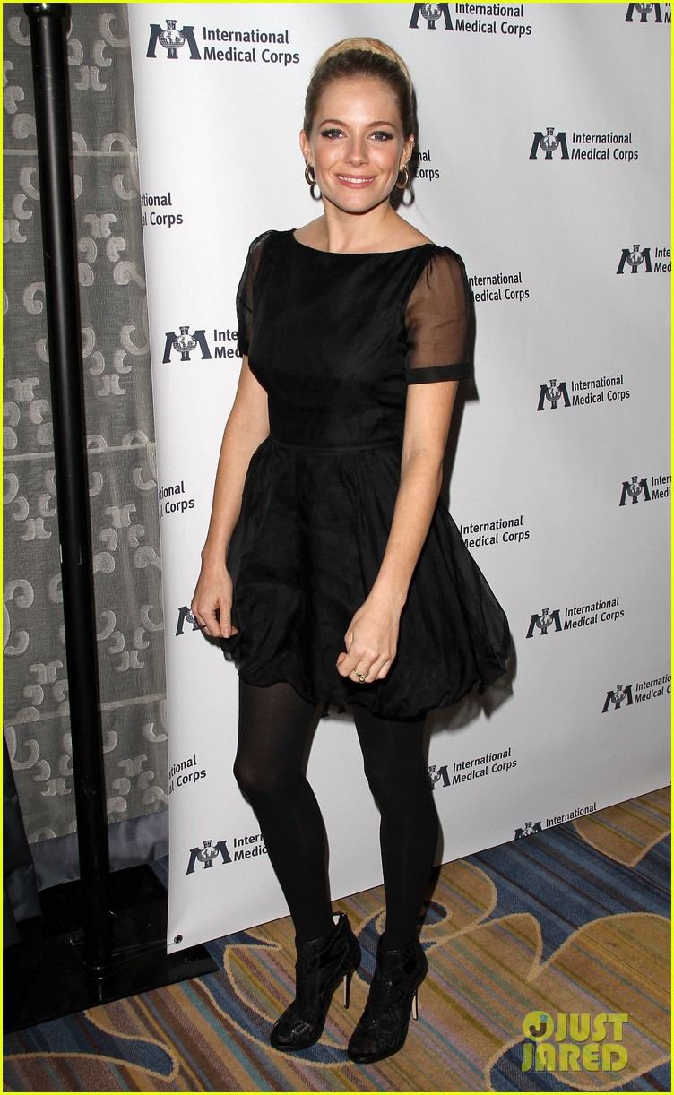 sienna miller medical corps awards celebration 13