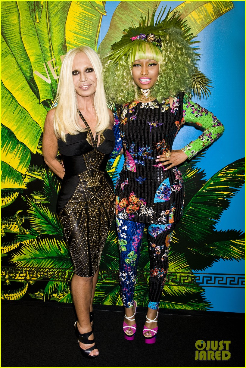 nicki minaj versace for hm launch party performer 052598266