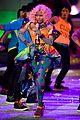 nicki minaj kanye west jay z vs fashion show 05