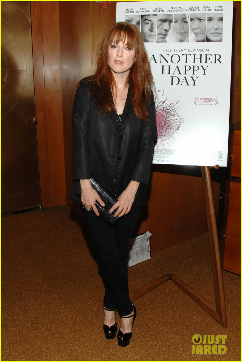 julianne moore another happy day ellen barkin 052600784