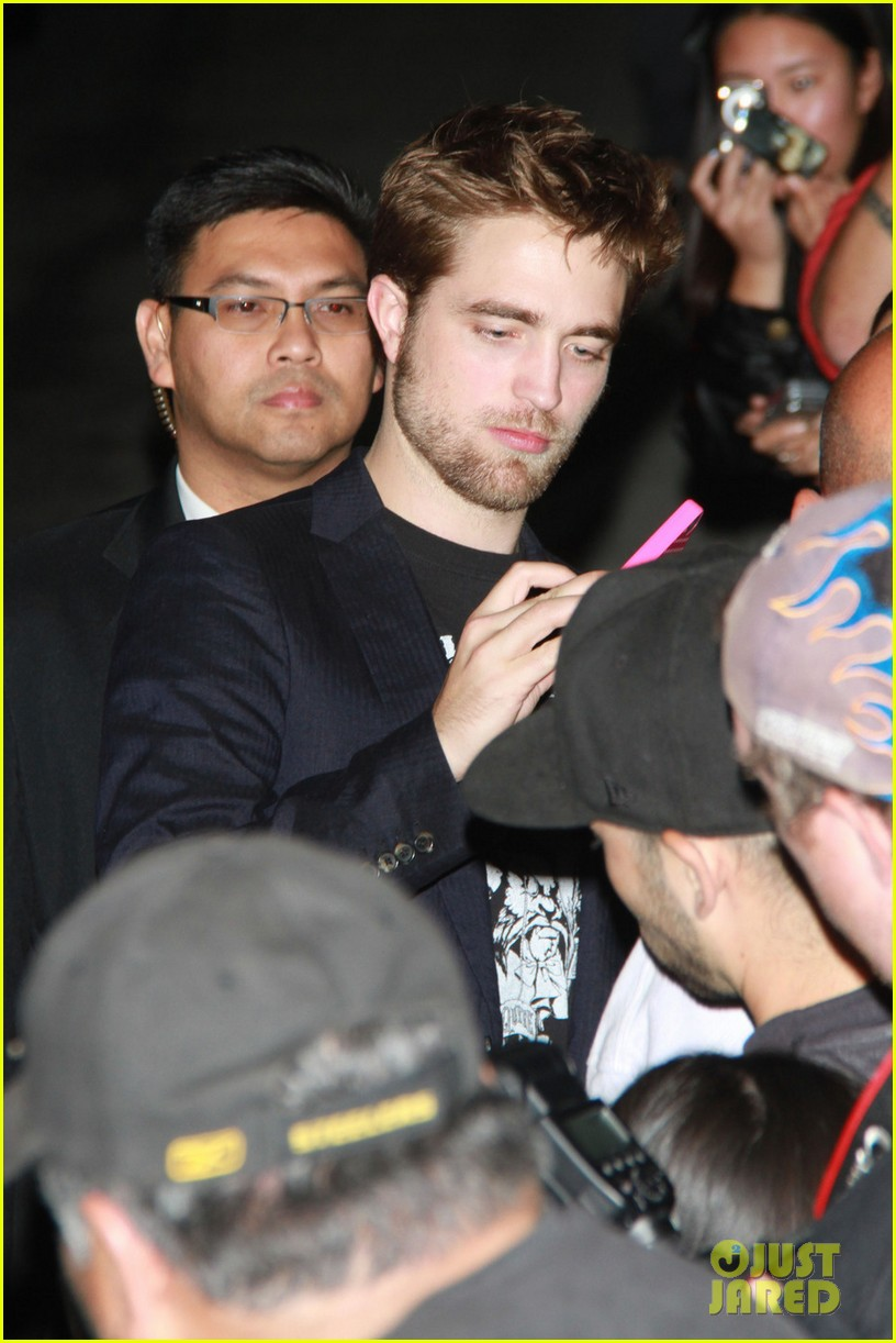 robert pattinson jimmy kimmel live visit 082596308