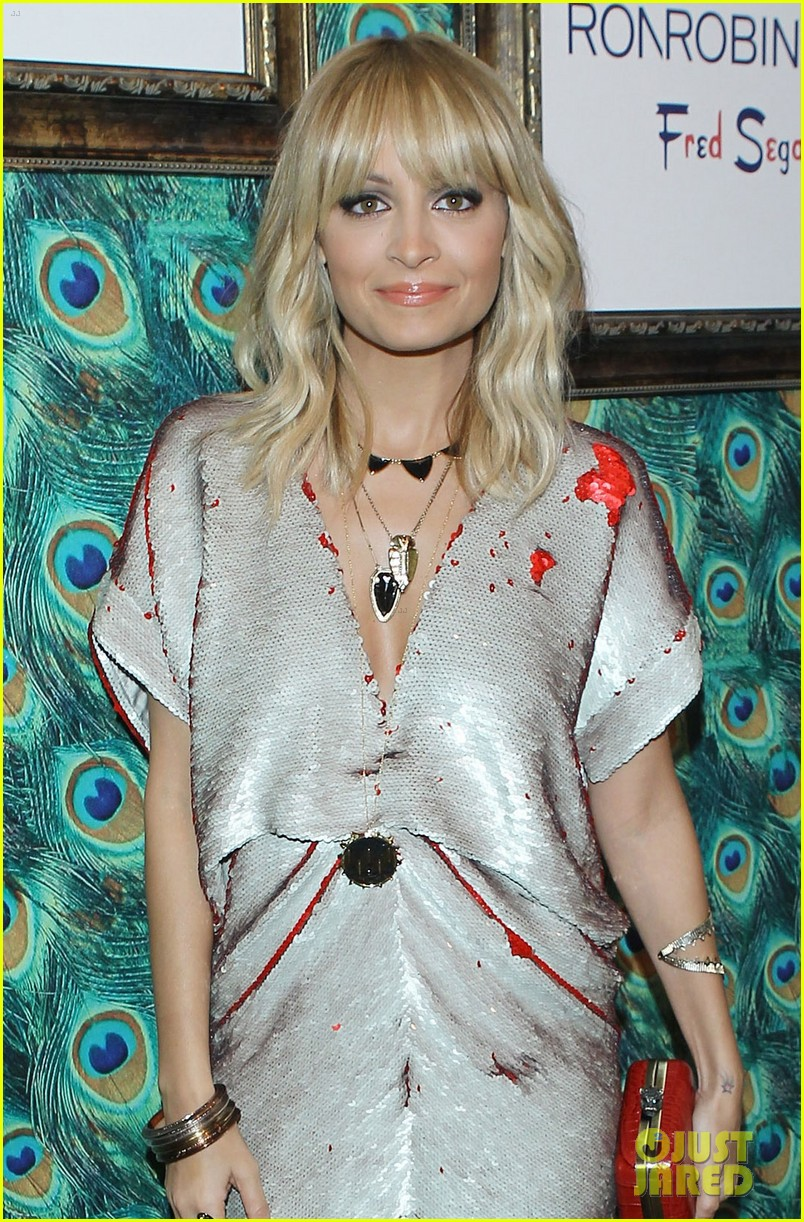 nicole richie house of harlow pop up shop 02