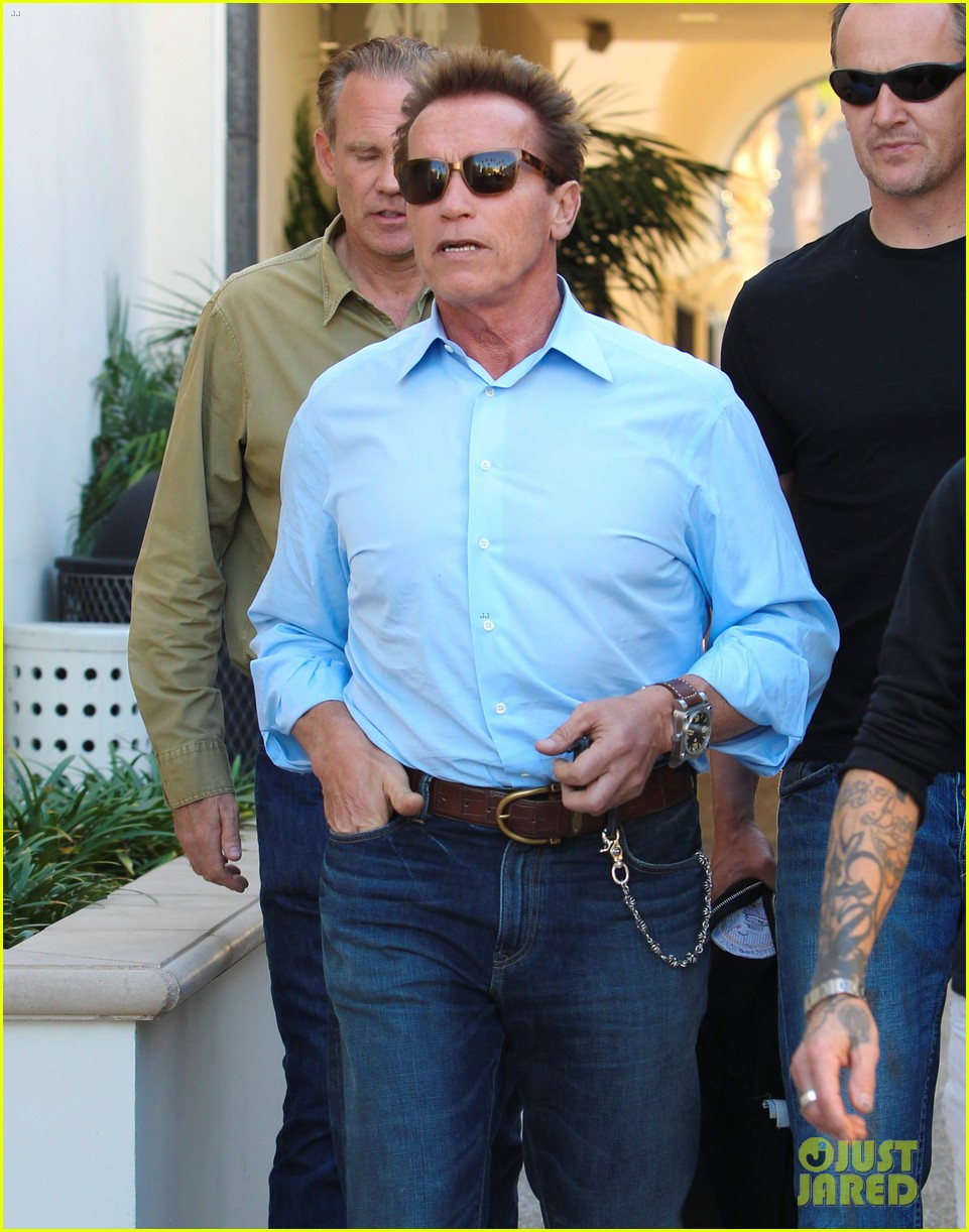 patrick schwarzenegger haircut with dad and chris 052604329