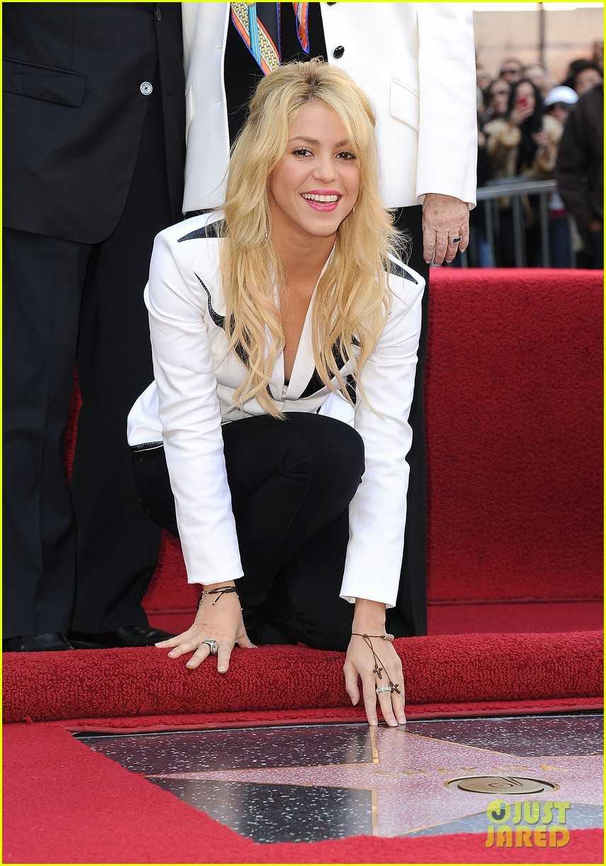 shakira hollywood walk fame 13