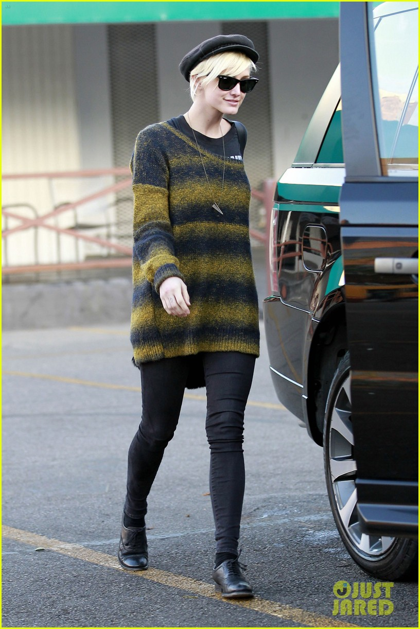 ashlee simpson bronx car wash 01