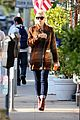 gwen stefani out about brentwood 08