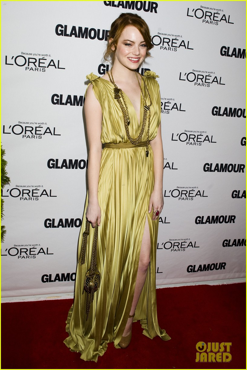 emma stone glamous awards 102597781
