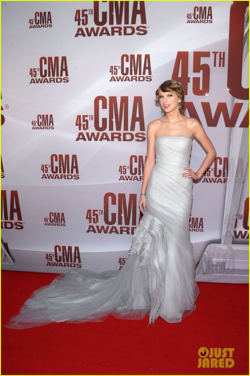 taylor swift cma awards 2011 012598618